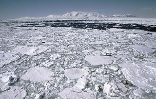 El agujero en la capa de ozono estaría protegiendo a la Antártida del deshielo. EFE