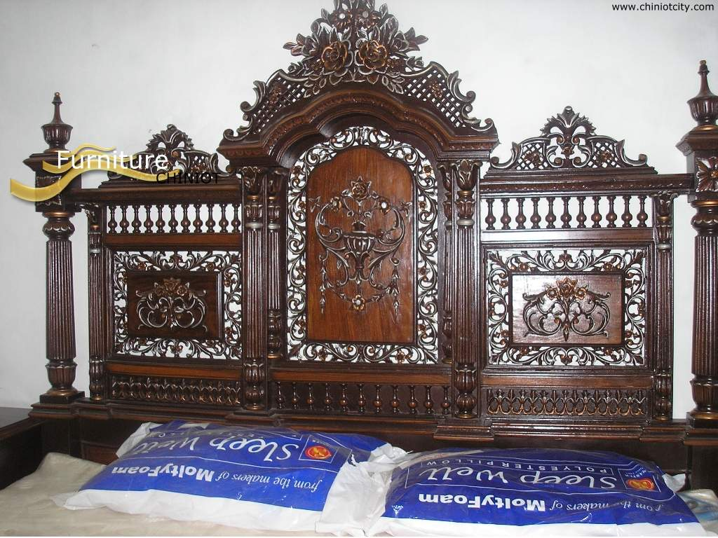 Magazine for asian women asian culture beautiful for Chinese furniture in pakistan