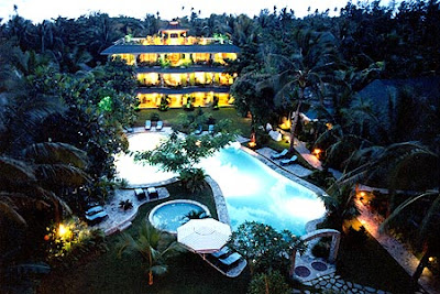 Paradise Garden Resort Hotel offers luxury and island romance adventures in Boracay