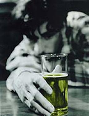 Simoronsky el rito del alcoholismo