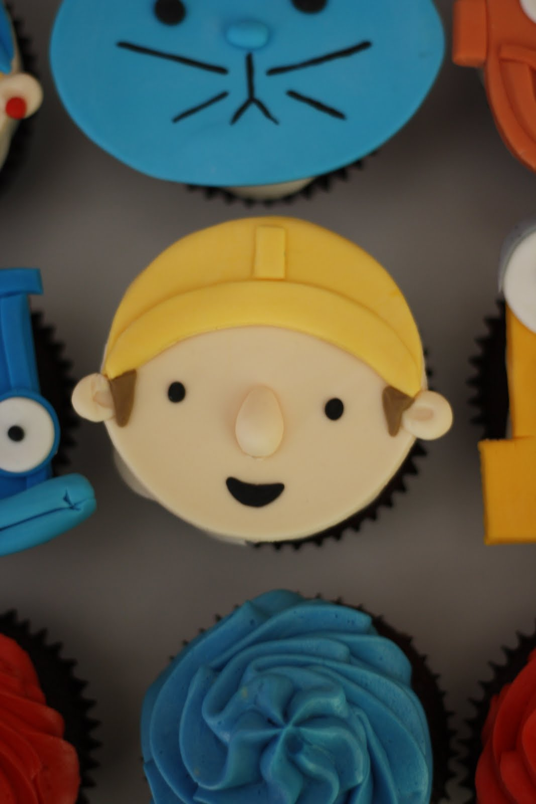 Bakers Cakes Bob The Builder Cupcakes