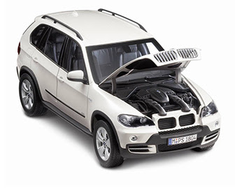 miniature BMW X5 front