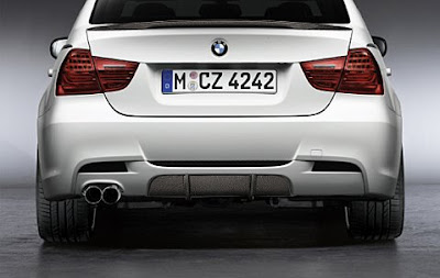 Trim in carbon for BMW Performance diffuser