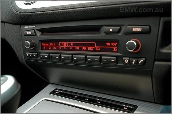 used BMW Z4 audio system