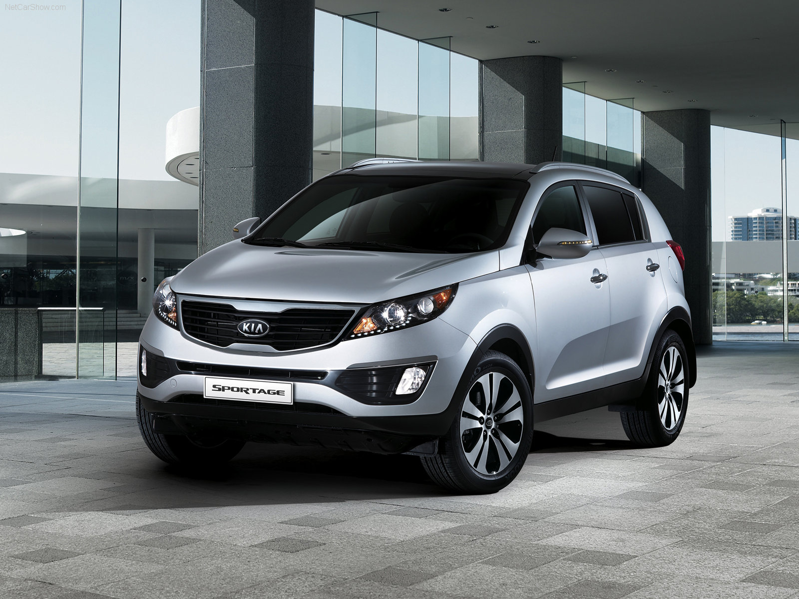 new 2010 kia sportage features and specifications. Black Bedroom Furniture Sets. Home Design Ideas