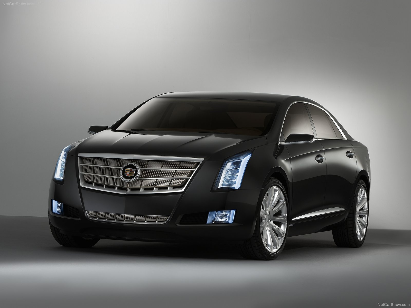 autozone 2010 cadillac xts platinum concept review specifications and features. Black Bedroom Furniture Sets. Home Design Ideas