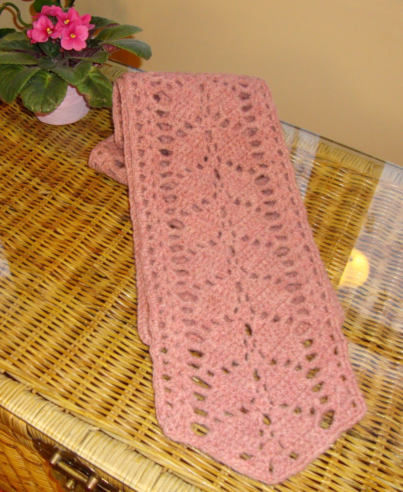 The Good Life Branching Leaves Scarf Fini