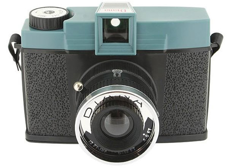 Pictures For YOU!: Old Cameras