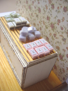 1/12 dollhouse miniature soap display shelf
