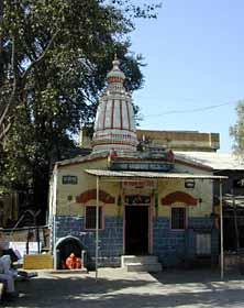 Complete Shirdi Guide - Khandoba Mandir ~ Shirdi Sai Baba Life ...