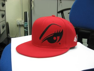 Voyeurizm One Eye fitted cap