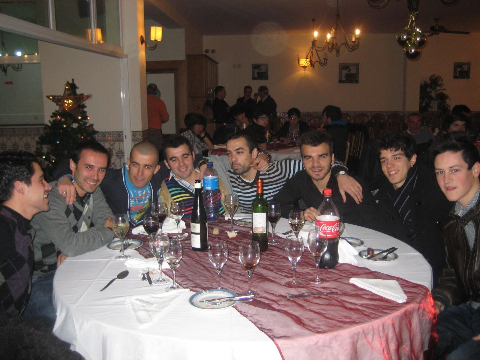 Futsal Júnior Masculino C.D.Aves: Jantar de Natal C.D.Aves Futsal #864D45 1600x1200