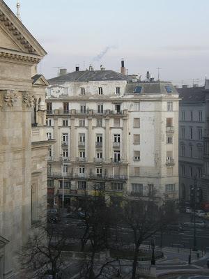 Budapest,  blog, Bajcsy-Zsilinszky út, VI. kerület, Terézváros, Bazilika, tetőtér, ronda, elkúrás