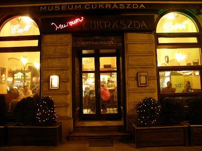 emzeti Múzeum, éjjel-nappal, kocsma, kávézó, pub, dzsánki, Múzeum cukrászda, körút, kiskörút
