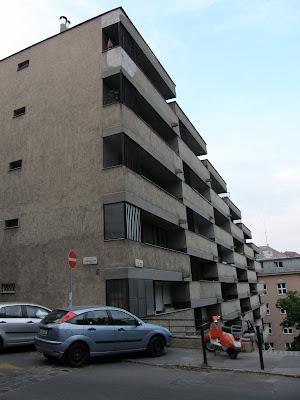 ötletes, ötlet,Buda, Budapest, I. kerület, Krisztinaváros, lépcsősház, Naphegy, Naphegy utca, tömbház, lakóház, modernista, Orvos utca, rejtély, titok
