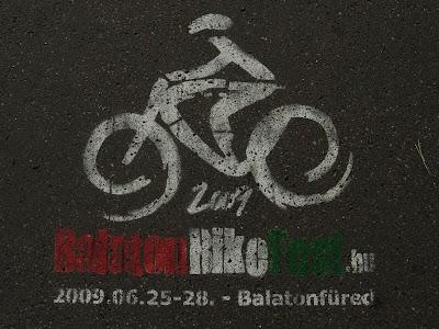 alaton bike festival, Budapest, reklám, stencil, street art, kerékpár