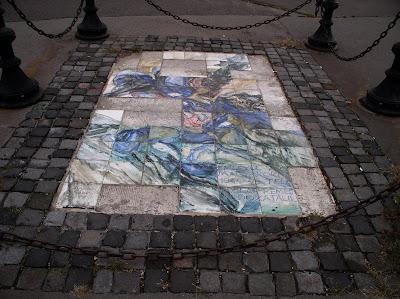 nyilas, nyilasok, Stein Anna, emlékmű, kerámia, mozaik,  street art,  Budapest,  Újlipótváros, Magyarország, XIII. kerület, holokauszt