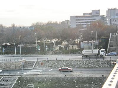 Molnár Gyula, MSZP, polgármester, Cafe del Rio, Zöld pardon, Goldmann György tér, Petőfi híd,  XI. kerület,  Újbuda, Buda, Budapest