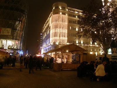 Budapest, V. kerület, étel, ital,  Belváros, Magyarország, Szilveszter, karácsony, műsor