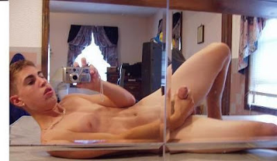 gaydreamblog gay hot sexy jock frat amateur self pic cam