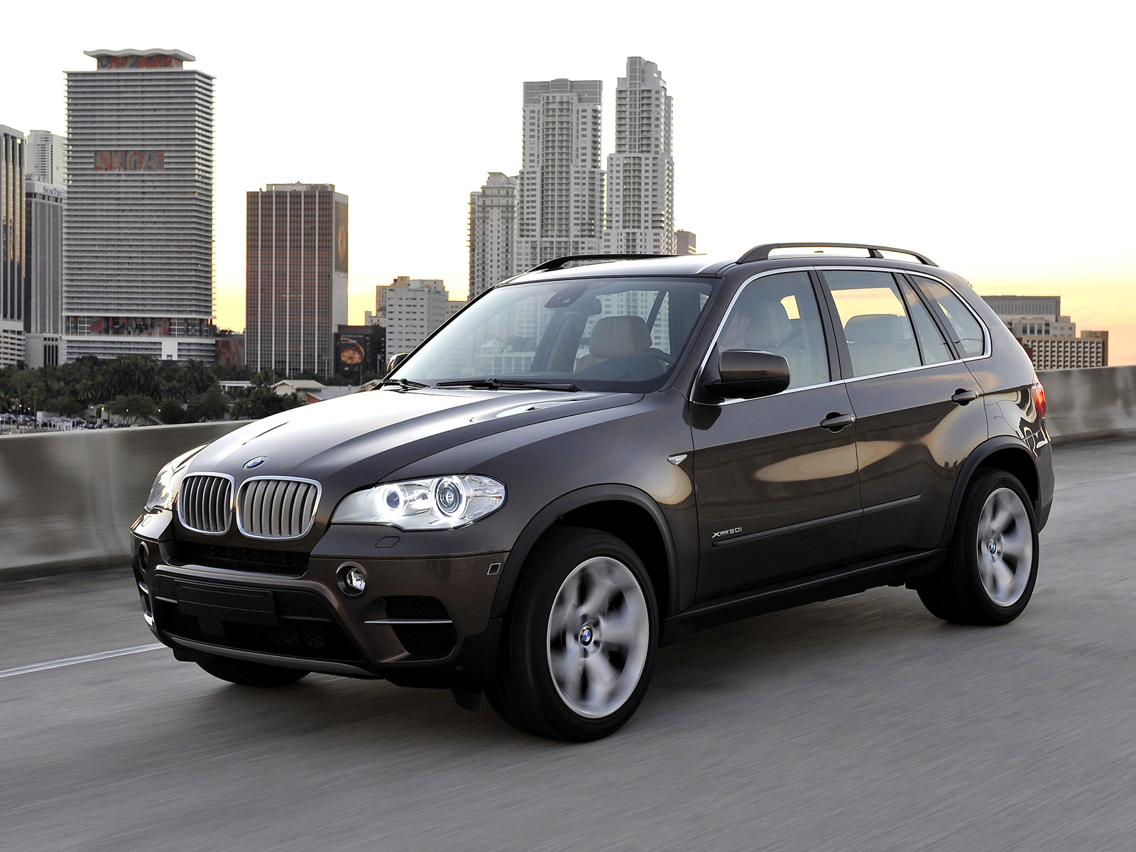 bmw x5 2011 pictures auto insurance informations. Black Bedroom Furniture Sets. Home Design Ideas