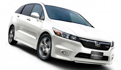 Honda Stream RSZ - Automotive Car