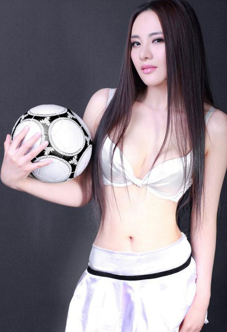 Beautiful and Hot Soccer Chinese Model Meng Qian | Views to News ...