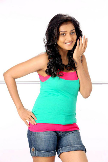 Actress Ramya Nambeesan Bubly Images in Mini Jeans