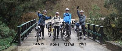 Da esquerda para a direita: Denis, Roni, Ribas e Zwi
