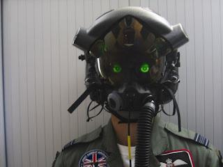[Image: F-35-HUDless-flight-helmet.jpg]