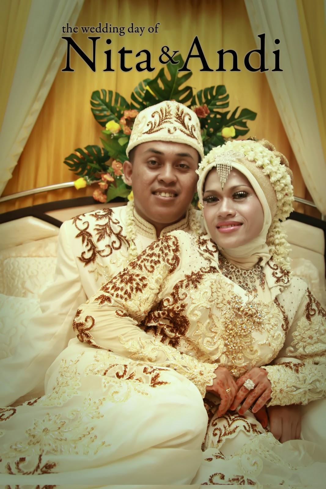 bridal make up and weddings: Rias Pengantin Rahmah