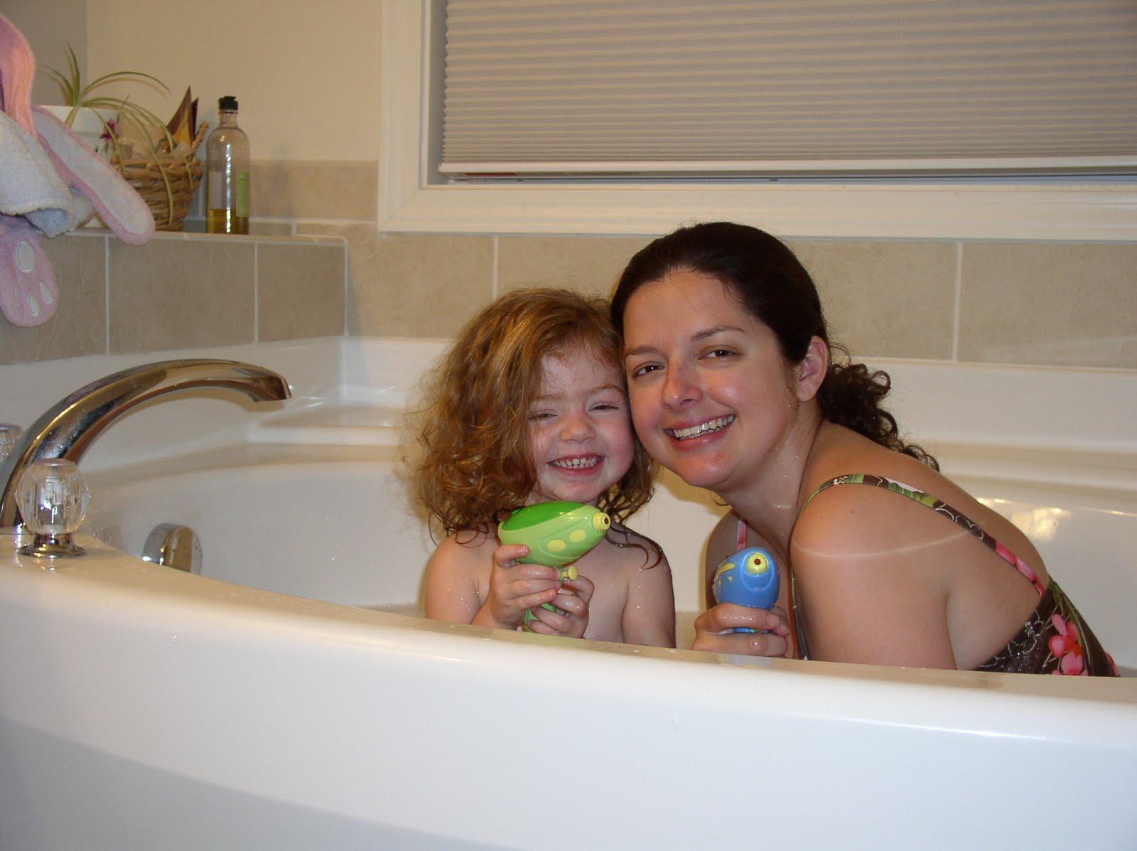 The Costa Corner: Family Bath Fun