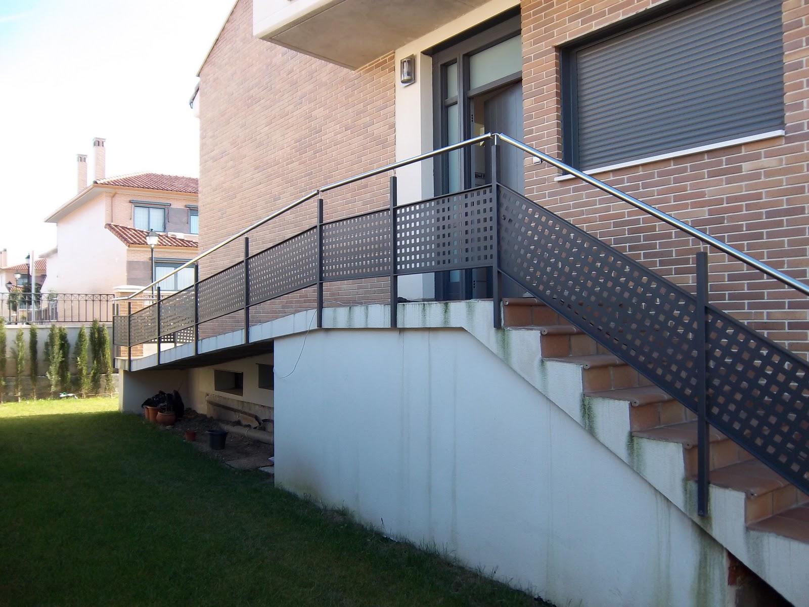 Barandillas acero inoxidable exterior escalera con for Barandilla escalera exterior
