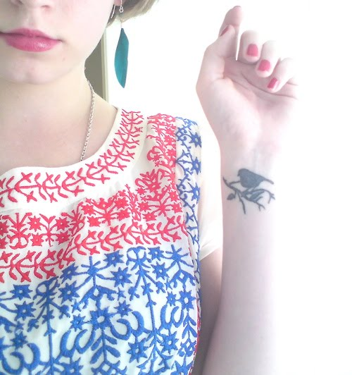 Swallow+silhouette+tattoo
