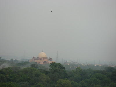 Safdarrjung's tomb from The Oberoi New Delhi