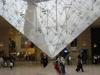 Inverted Pyramid at Carrousel du Louvre