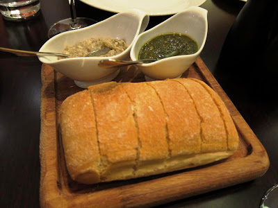 Breads at La Terrazza Pune