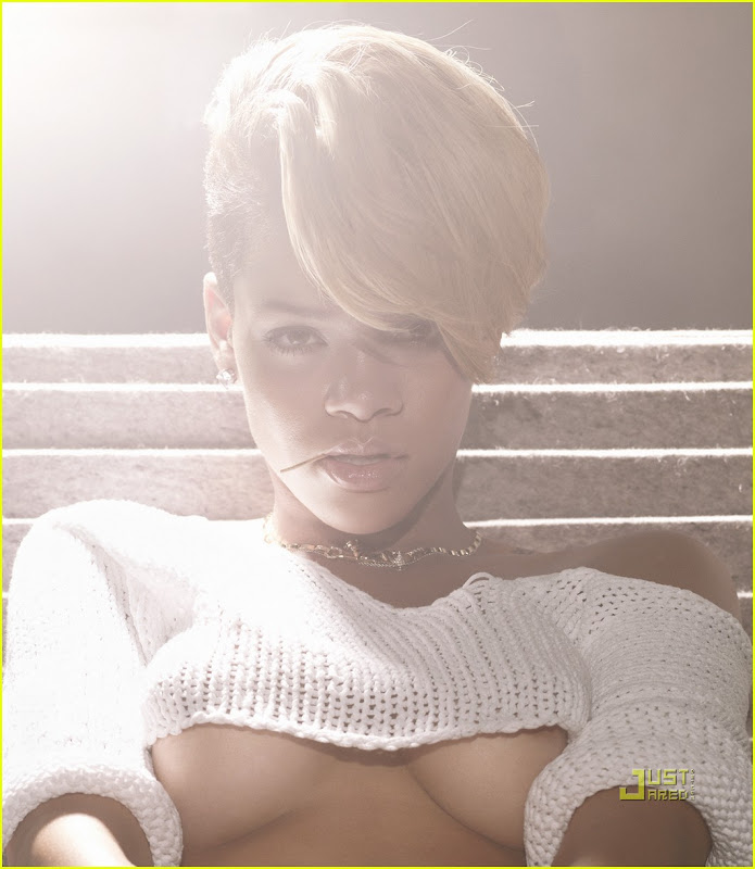chaser photos rihanna piercing breast piercing lilz eu tattoo de title=