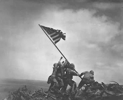 Photo of US Marines raising flag at Iwo Jima