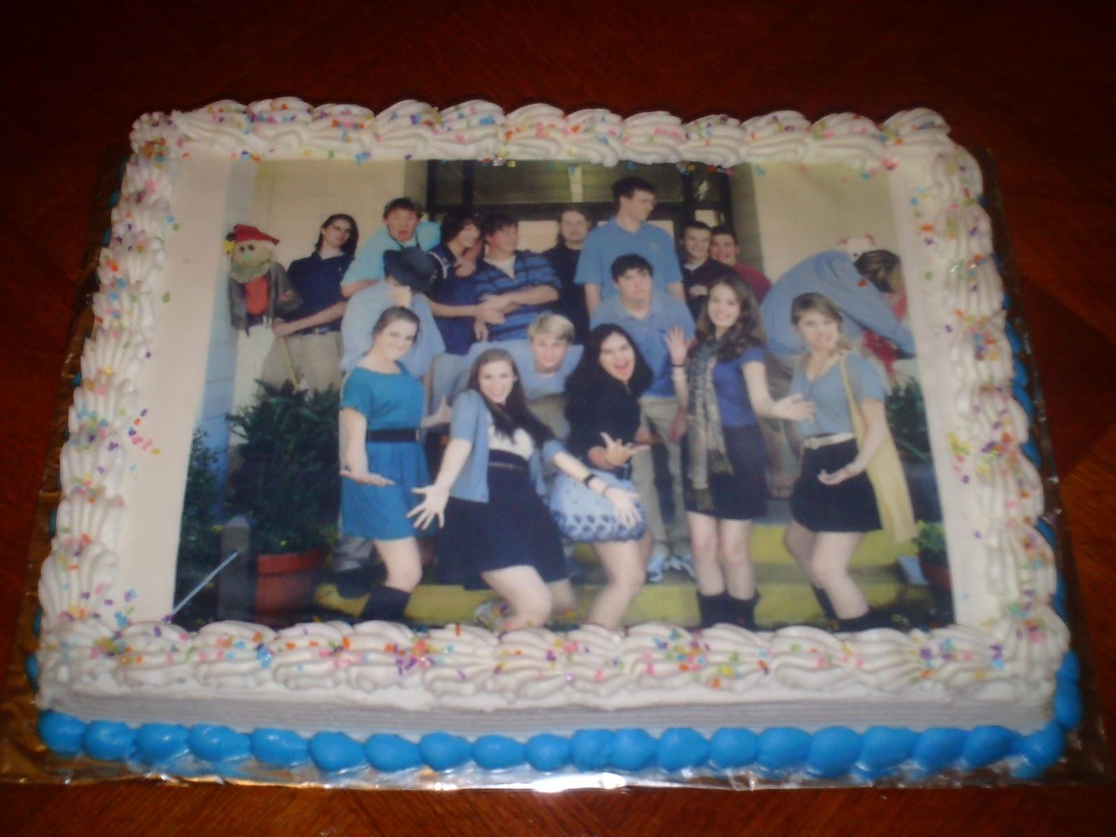 Art-n-Cake: Beaufort Academy Class of 2011