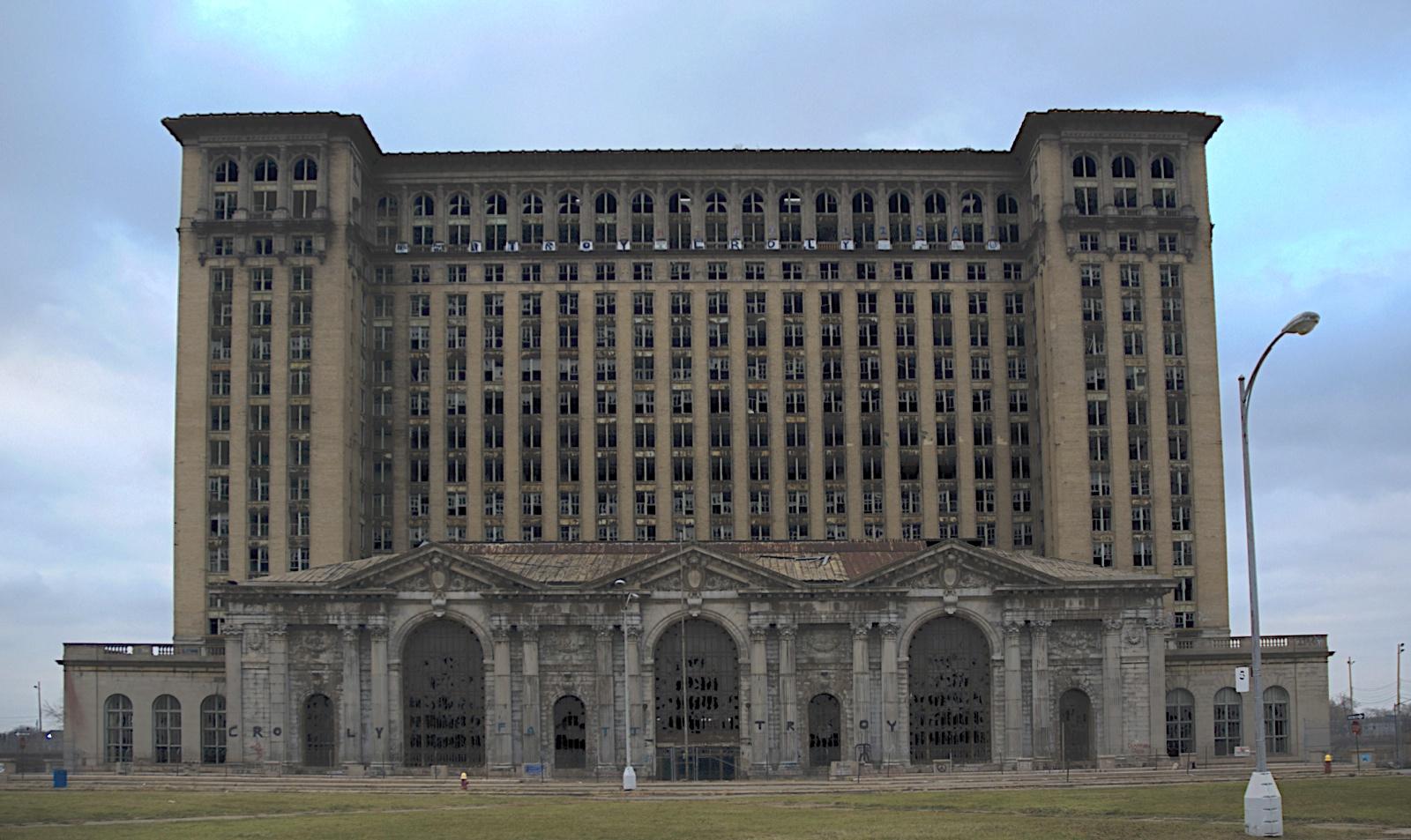 Detroit%2BTrain%2BStation.jpg