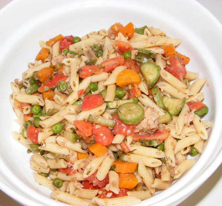 P tes et pattes 150 salade des p tes aux legumes - Cuisiner petit pois carotte en boite ...