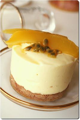 frozen+mango+cream+cakes3.JPG