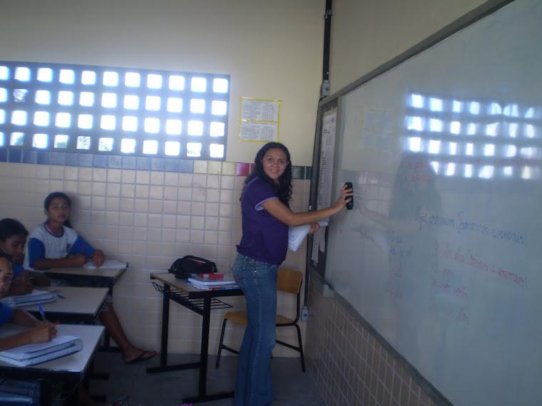 Professora Lêuda e alunos.