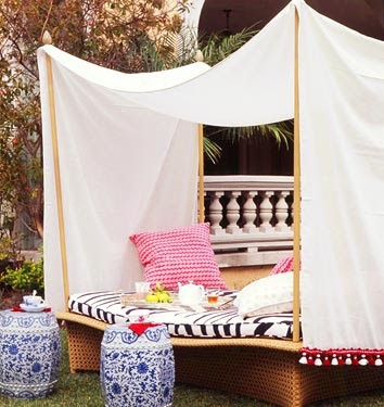 Eating Long Weekend Outdoor Decorating Ideas