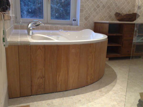 Habillage bois baignoire d angle - Habillage baignoire bois ...