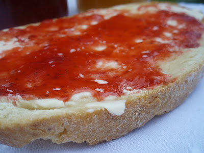 Pasen y degusten mermelada de fresa y albaricoque for Platillos franceses faciles