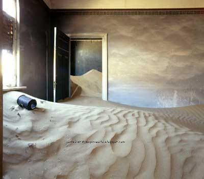 kota hantu padang pasir