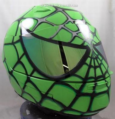 Amazing Helmet Art @ auto show