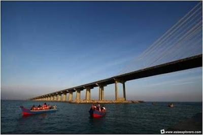 The longest bridges @ strange world